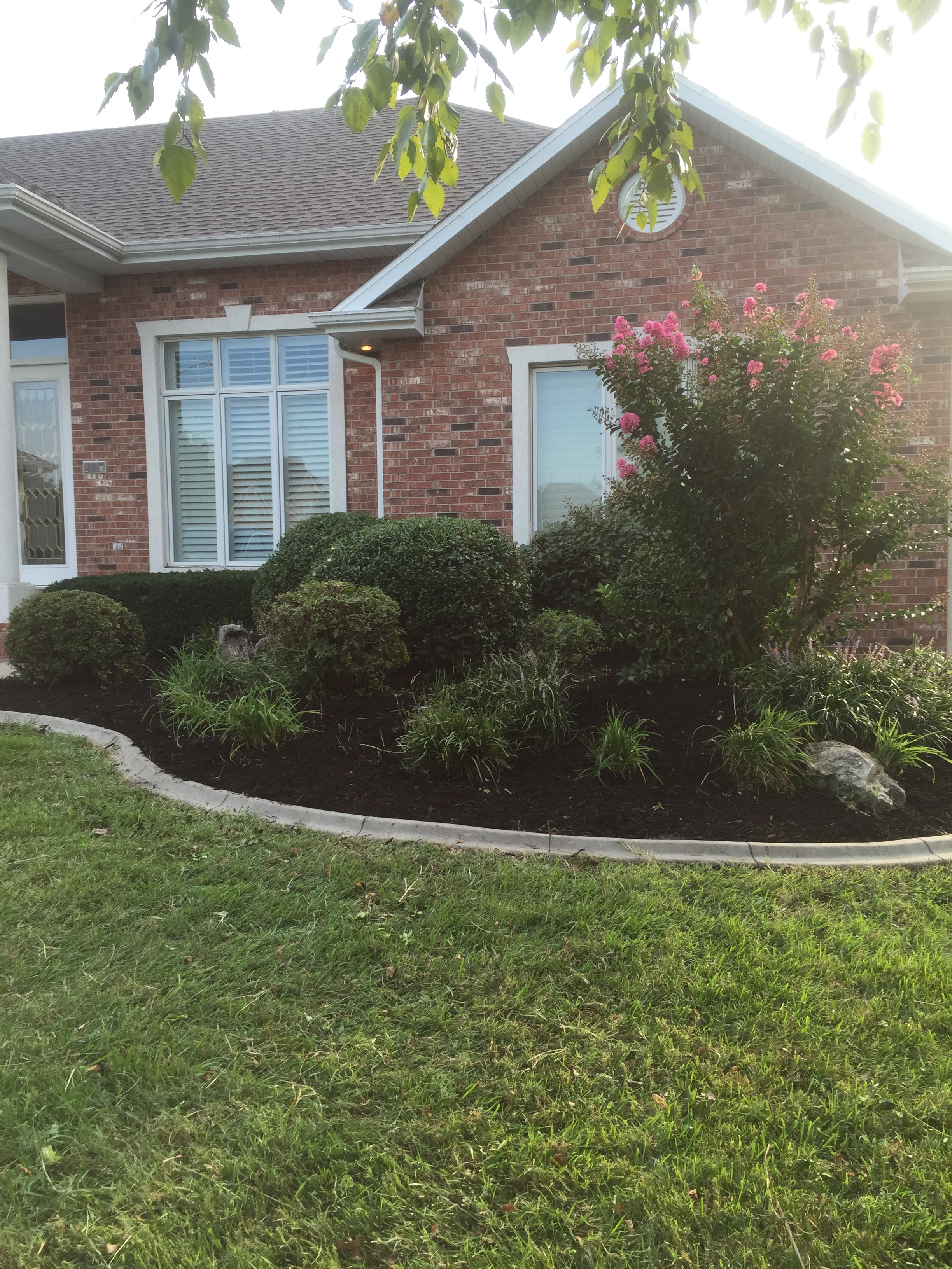complete landscaping in springfield mo
