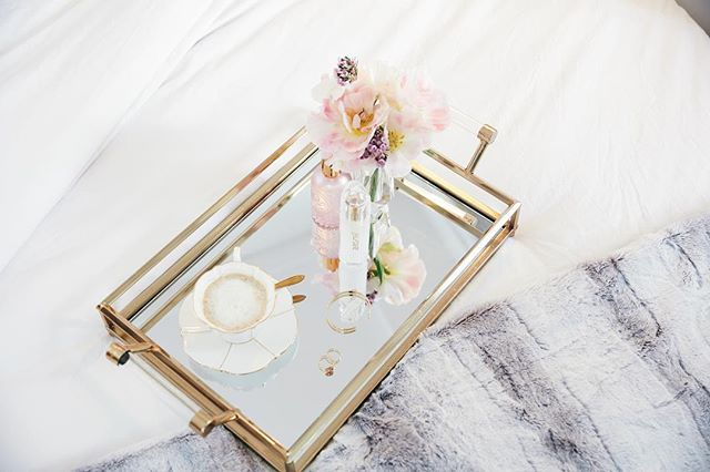 Another beautifully styled shoot from the team: Executive Producer: Monica Tuck of @unbridledstudio Photo Cred: @jeremykramerphoto Creative Direction & Styling: @karalockwood
