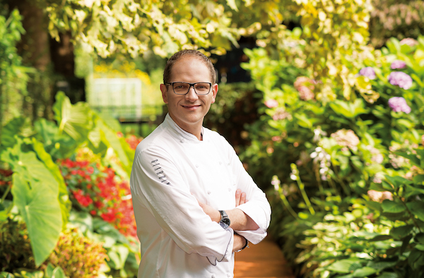 Chef Rolf Fliegauf - 2 Michelin starred Chef of restaurants Ecco Ascona, Ecco St Moritz, and Ecco Zurich🇬🇧🇩🇪