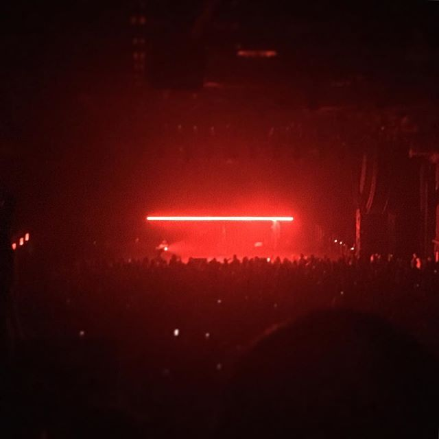 talk about minimal stage design @nicolasjaar one #color, one #line, one #performer ambling on #stage