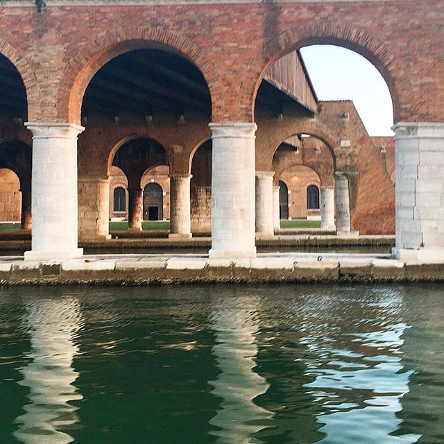 #arches ∩∩∩∩∩∩∩∩∩∩ Almost every project this year has had some reference to arches.  Although architectural arches have been around for about 4000 years, it was the Romans that tapped their full potential both structurally and aesthetically. Thinking back about a recent trip, Venice's Arsenal is a beautiful, expansive and inspiring example of arched structures that have withstood the test of time for almost a century!