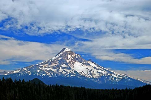 Mount  Hood from Lost Lake, which has not been lost for a very long time. Source: Gary Halvorson, Oregon State Archives