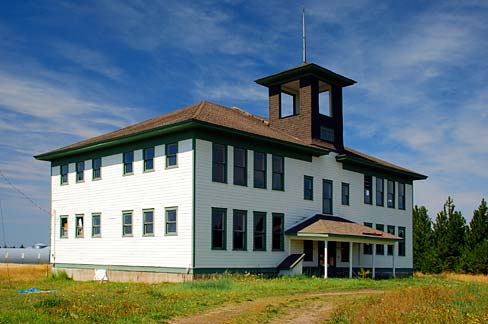 Figure 2. In 1915, an eight-room school was built in Flora, Oregon.  Restored, it is known as the Flora School Education Center, featuring the pioneer arts. Source: Wikipedia