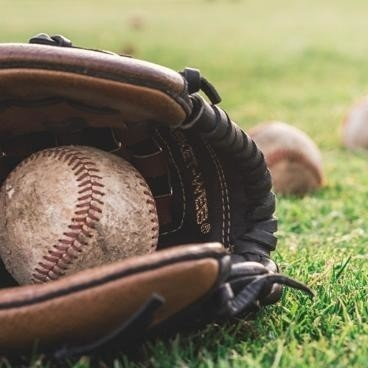 balls-baseball-glove-grass-1661950web.jpg