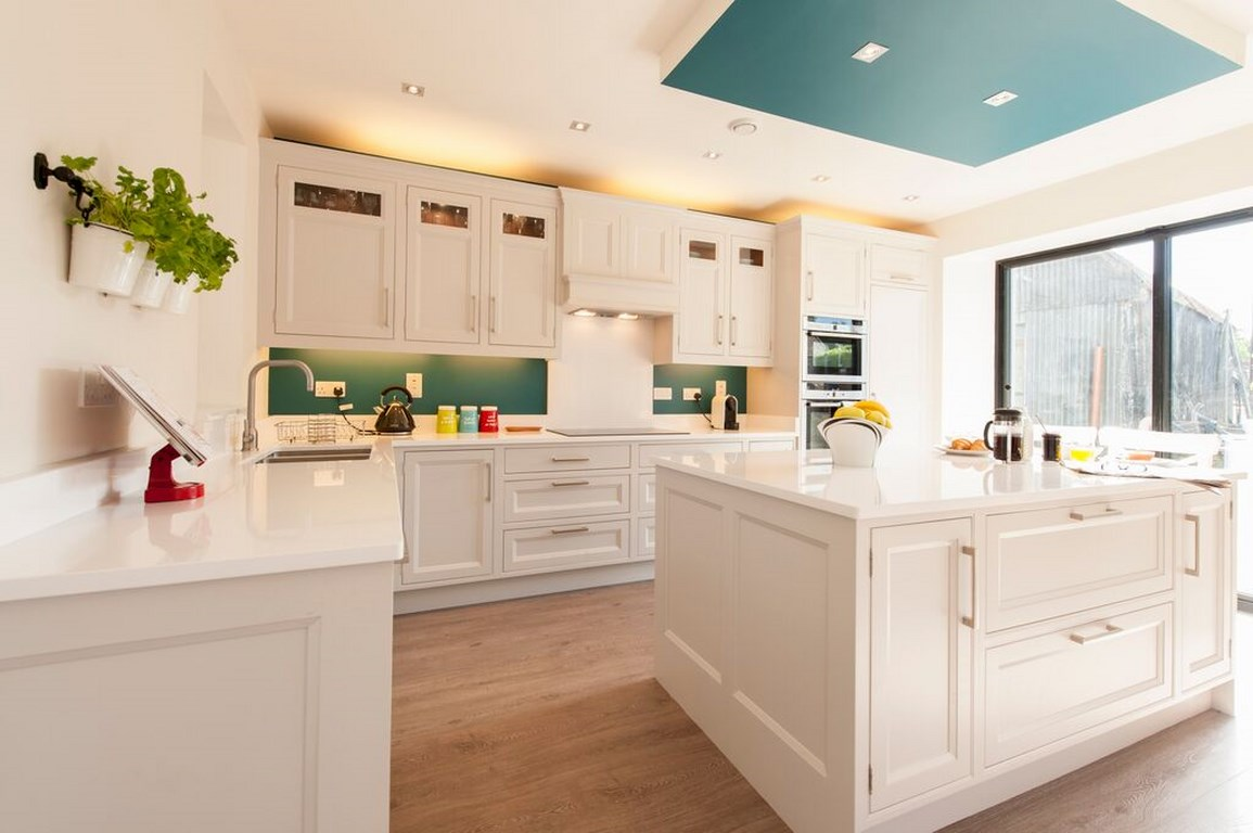 Solid Color White Kitchen.jpg