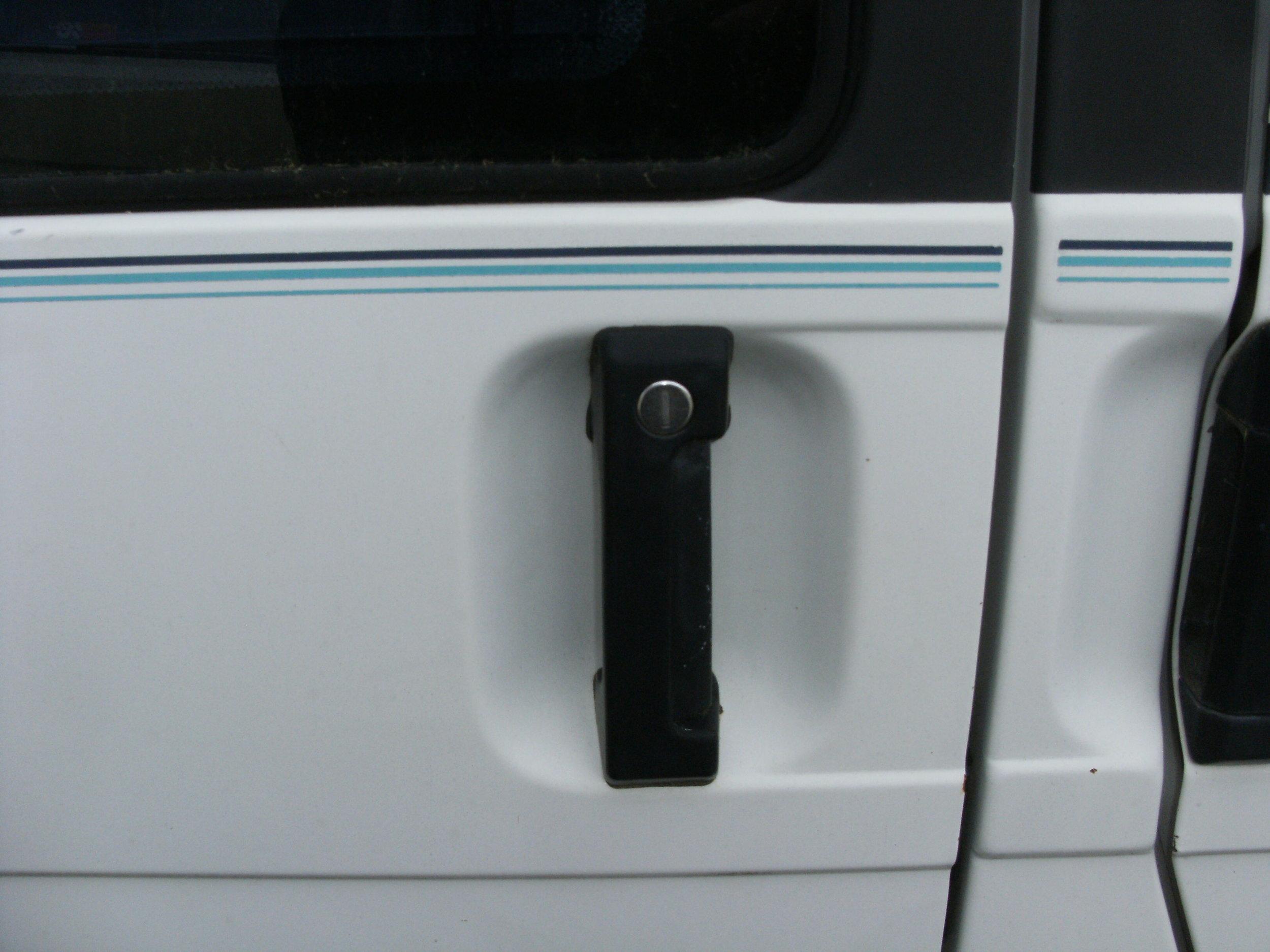 eurovan sliding door handles 001.JPG