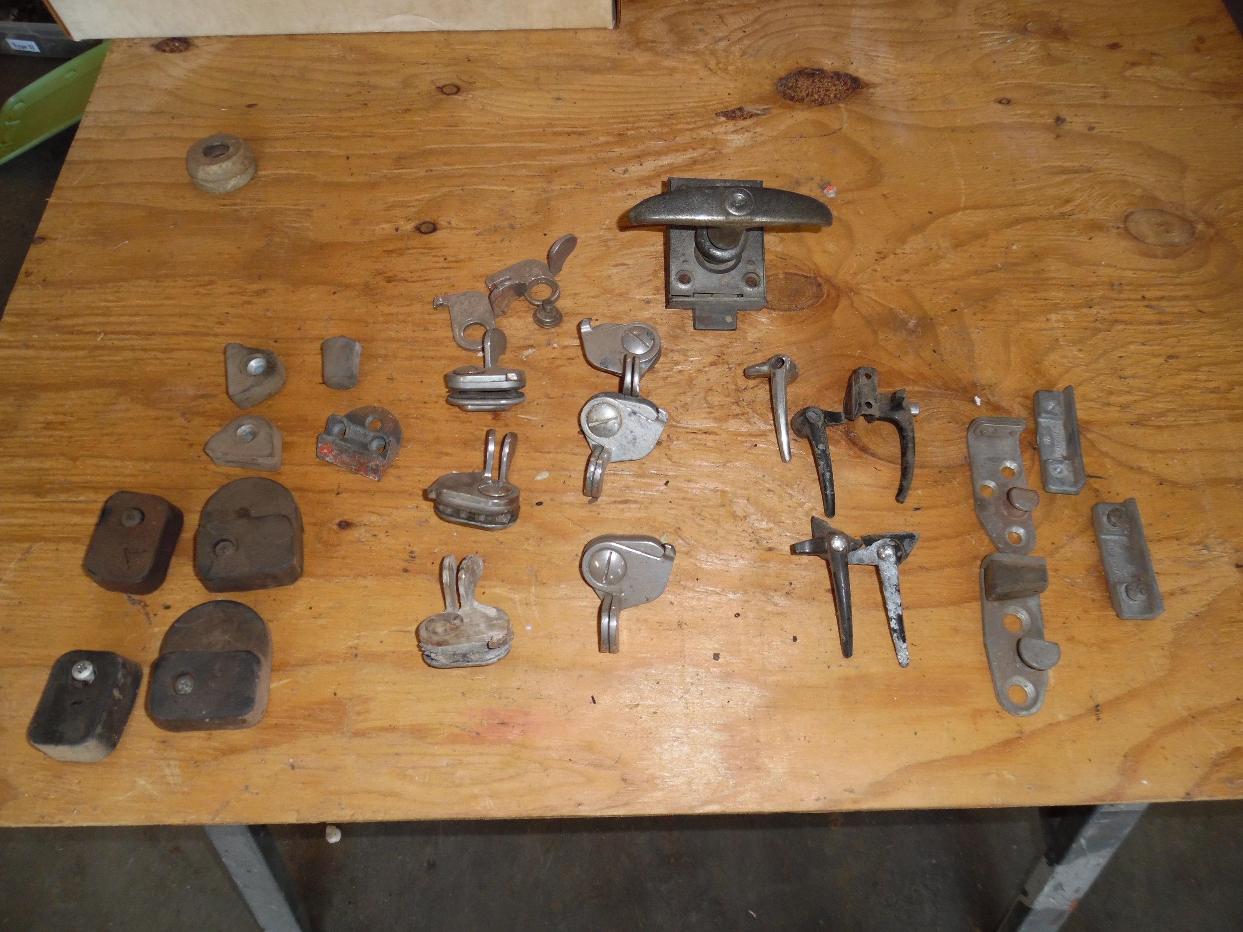 split bus parts 011.JPG