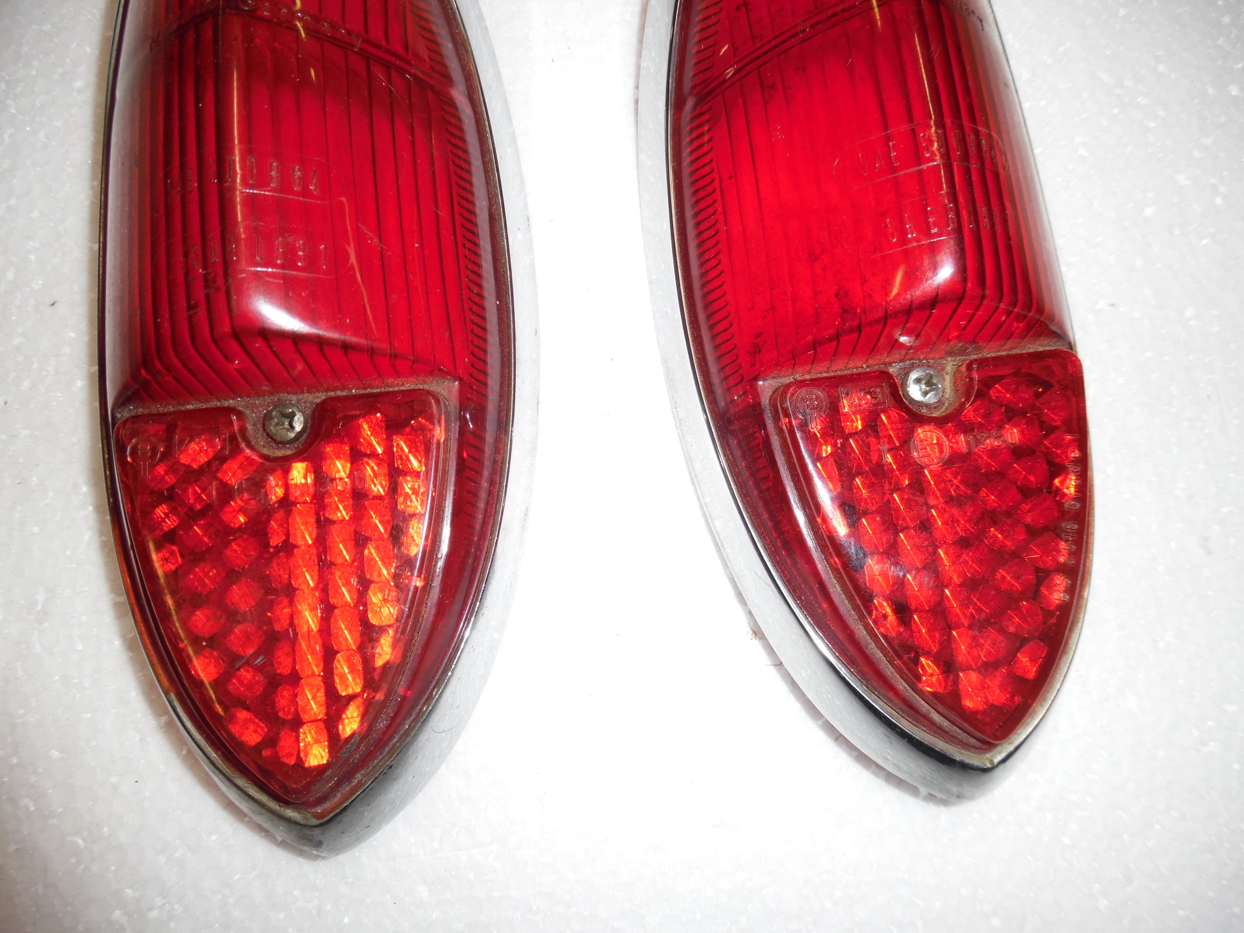 Ghia Tail Light Lenses 002.JPG