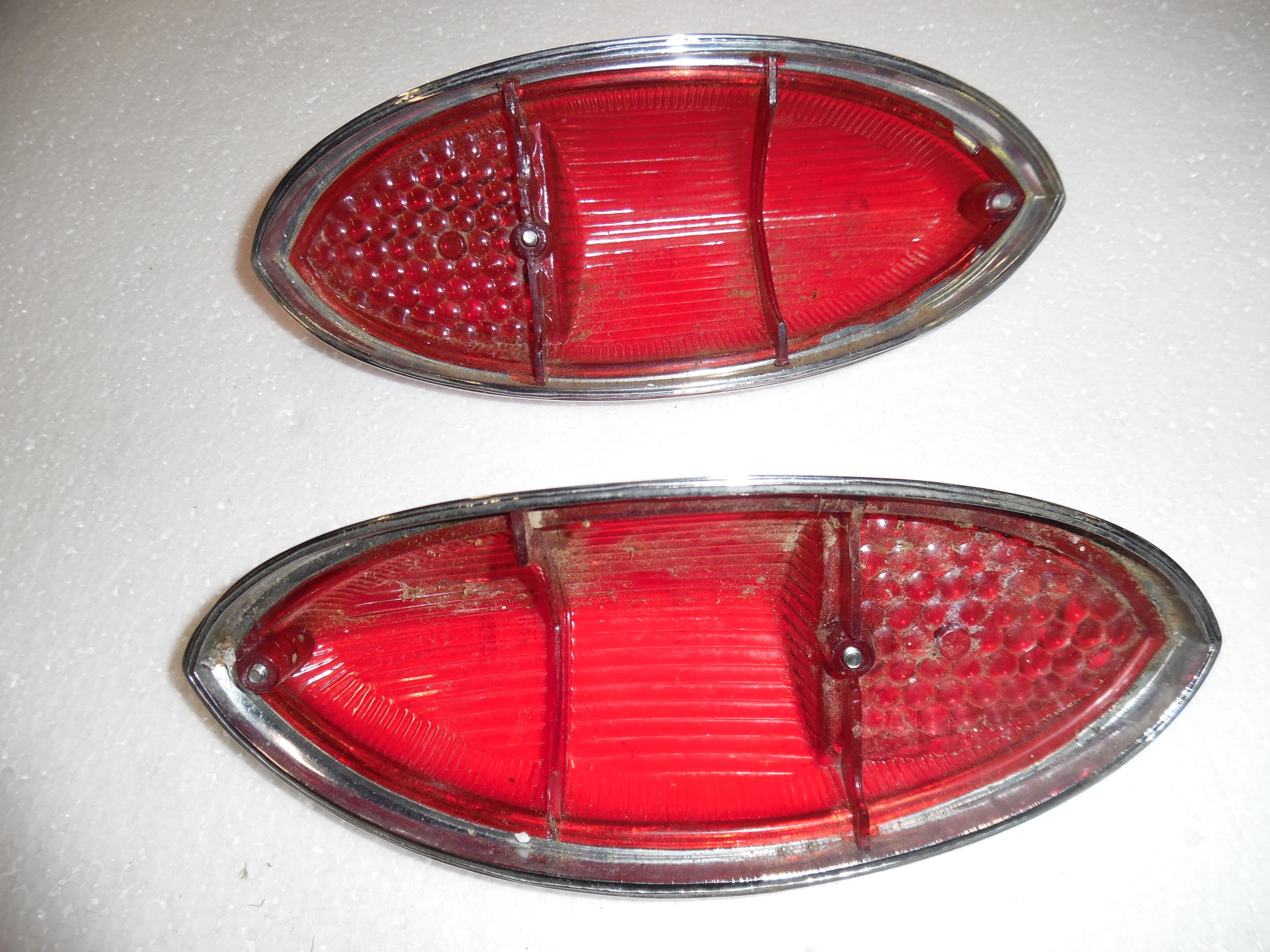 Ghia Tail Light Lenses 004.JPG