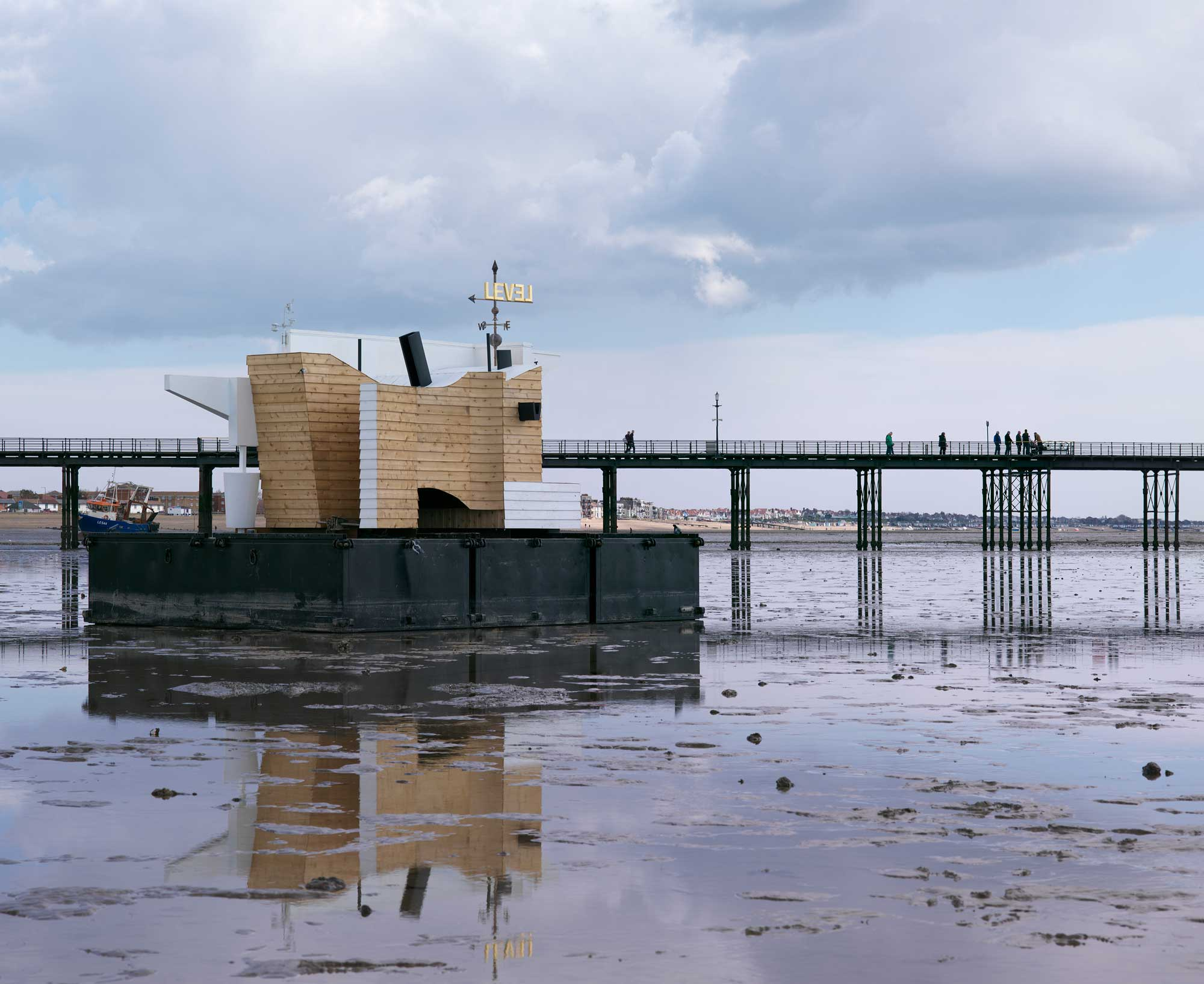 Flood House Commission, Southend Pier
