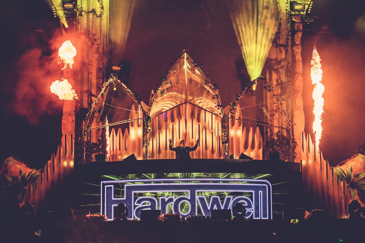 Hardwell EDC NY 2015.jpg