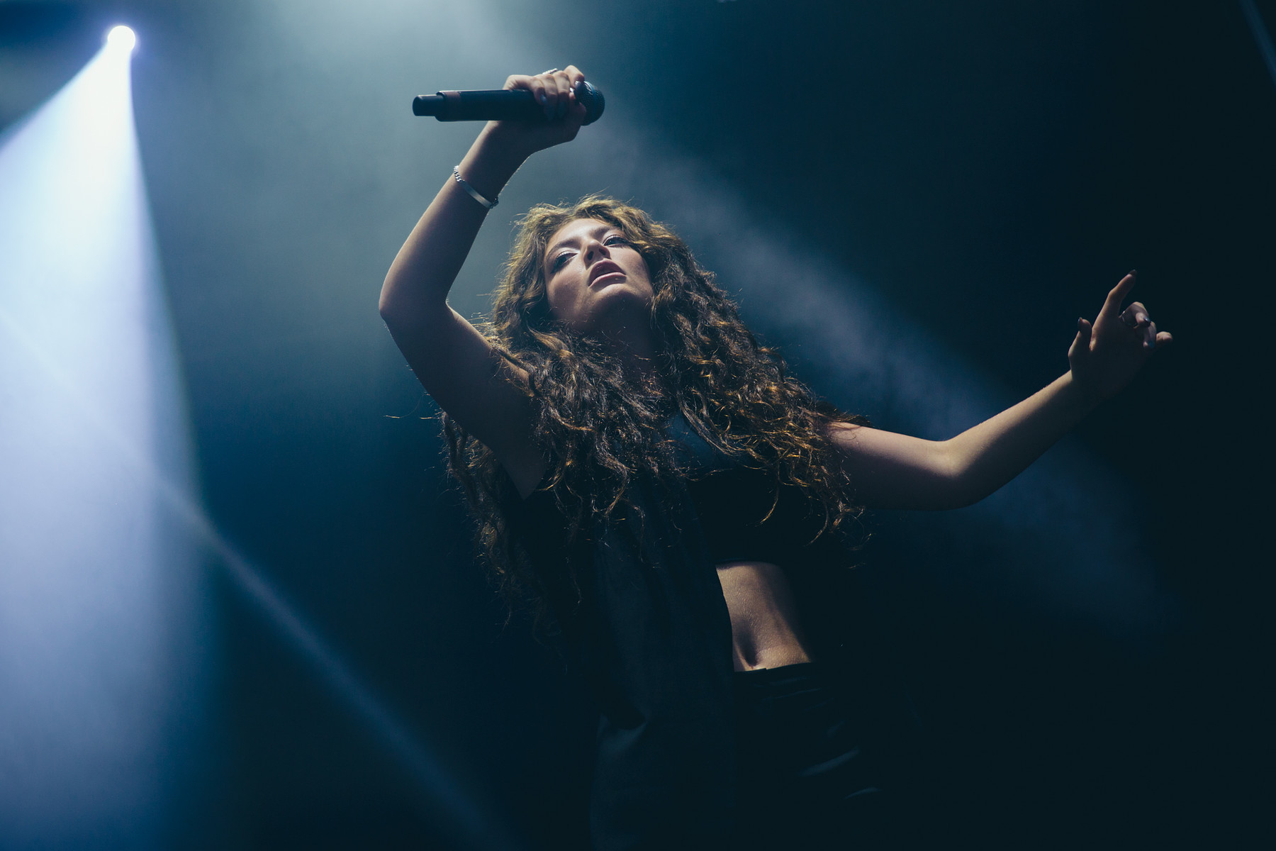 lorde_austin_city_limits01_website_image_nfpg_wuxga.jpg