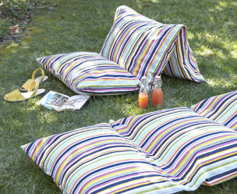 Fun Summer Projects - Outdoor cushions