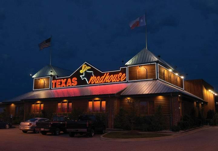 Texas-Roadhouse-Wesley-Chapel