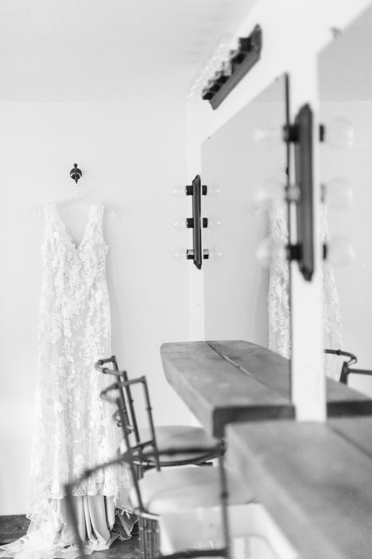 overlookbarnwedding-6.jpg