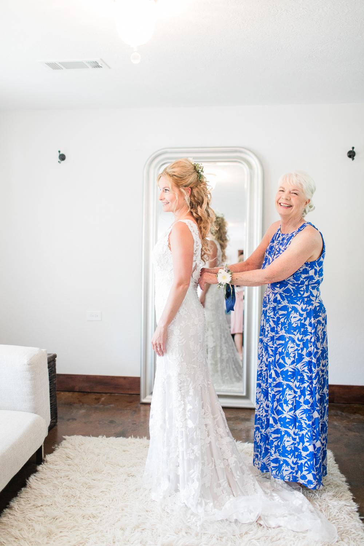 overlookbarnwedding-19.jpg
