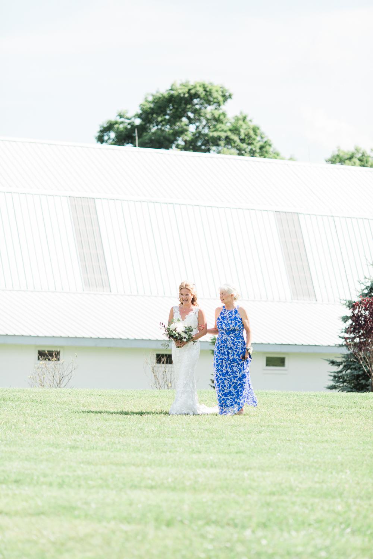 overlookbarnwedding-32.jpg