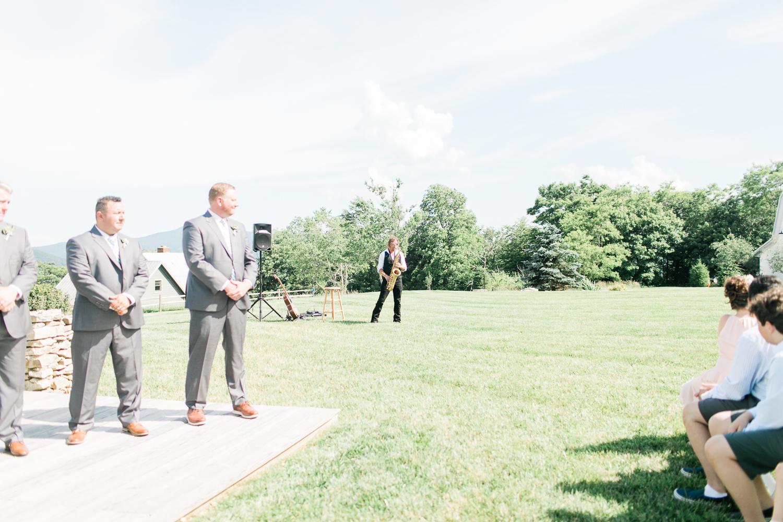 overlookbarnwedding-31.jpg