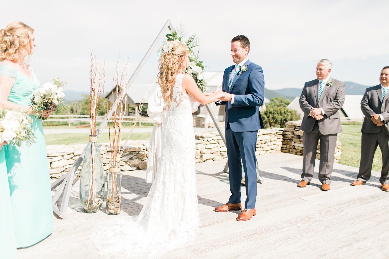 overlookbarnwedding-41.jpg