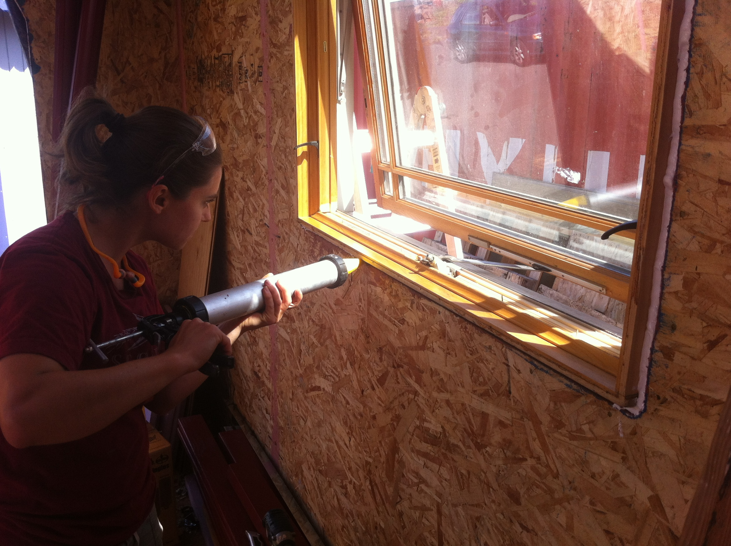 Applying-Air-Dam-Around-Window.jpg