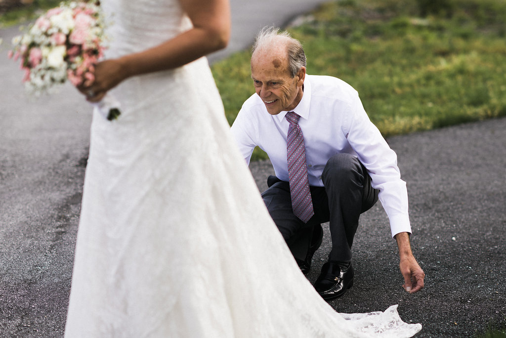 father of the bride helping