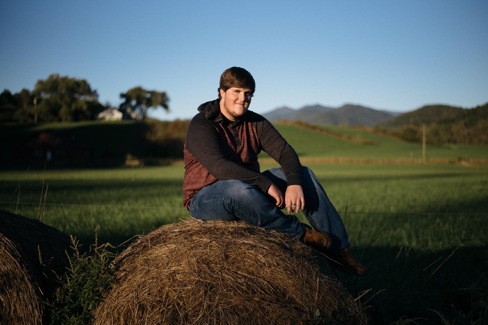 senior portrait in field