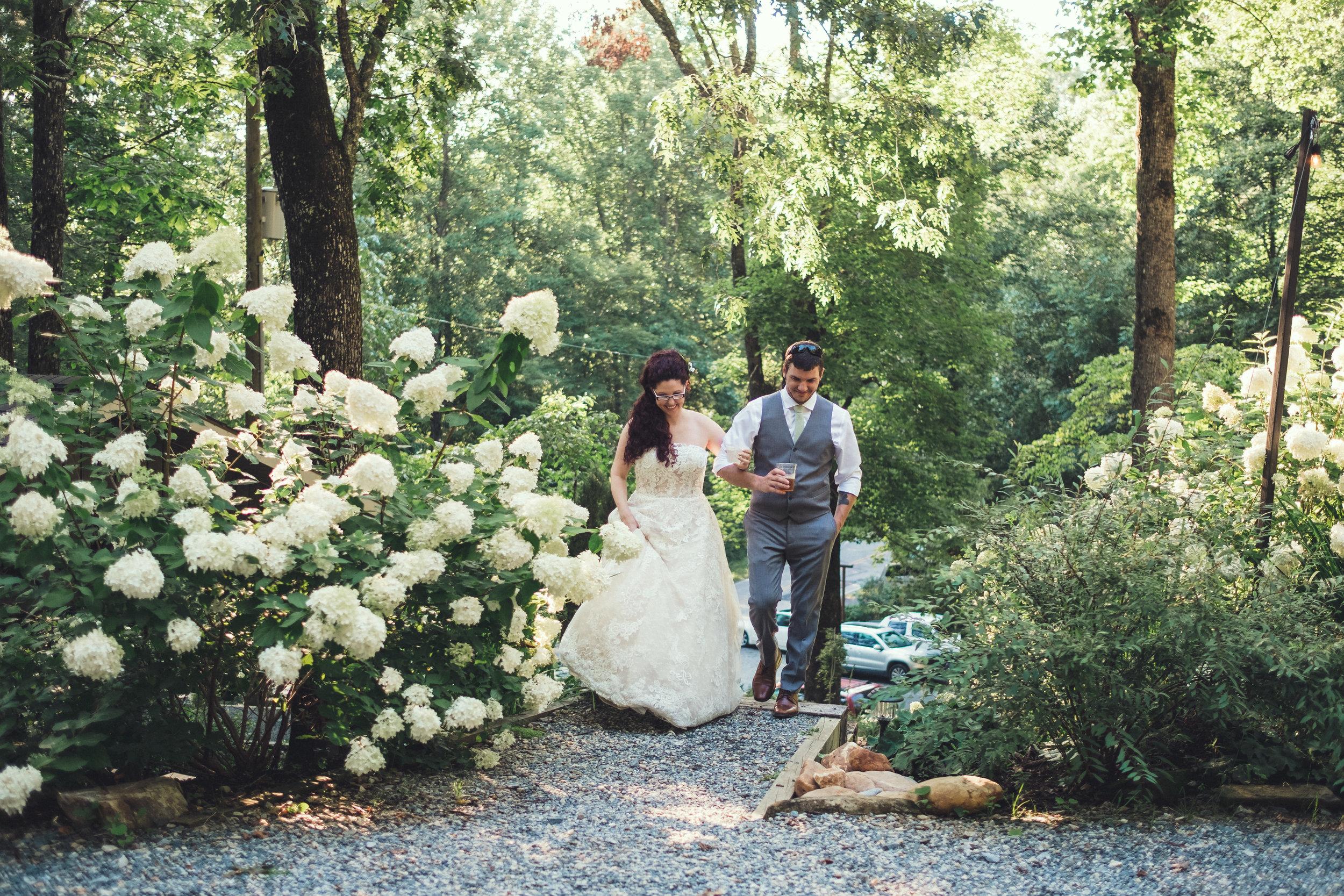 Nantahala weddings couples entrance