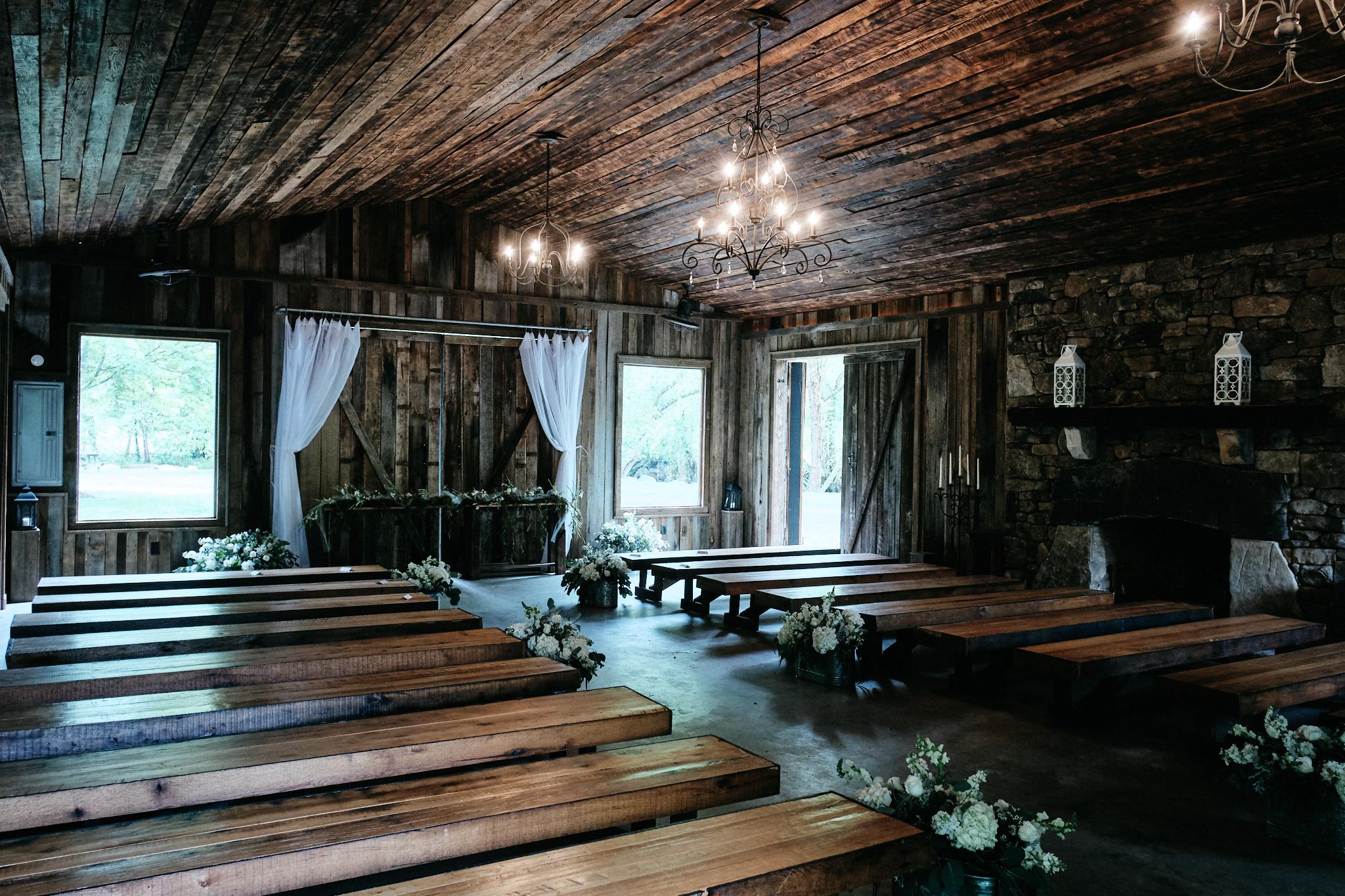 Hiawassee river Chapel interior