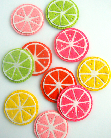 Fruit slice coaster tutorial from http://www.purlsoho.com/