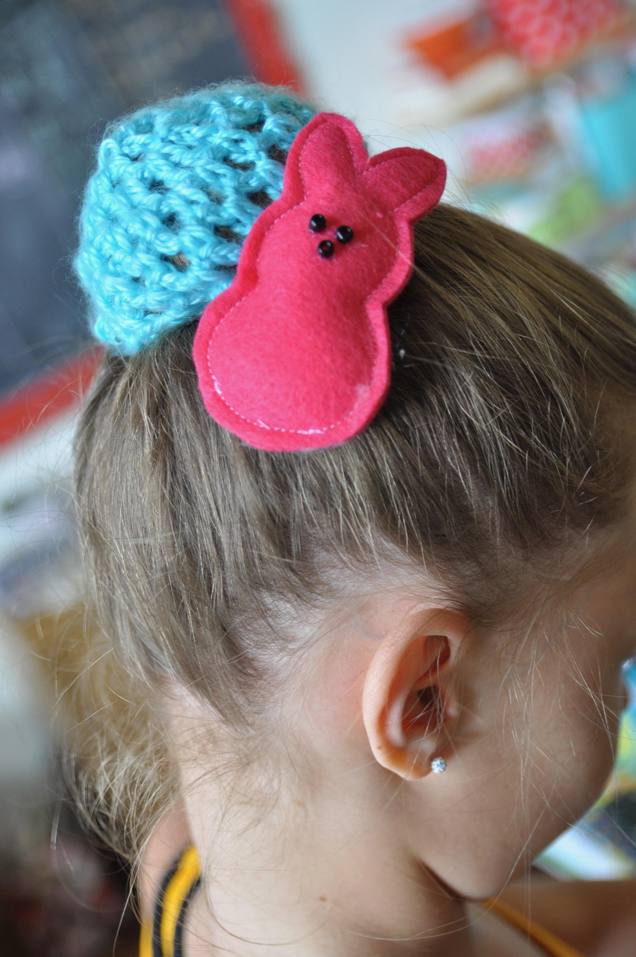 Peeps hair clips