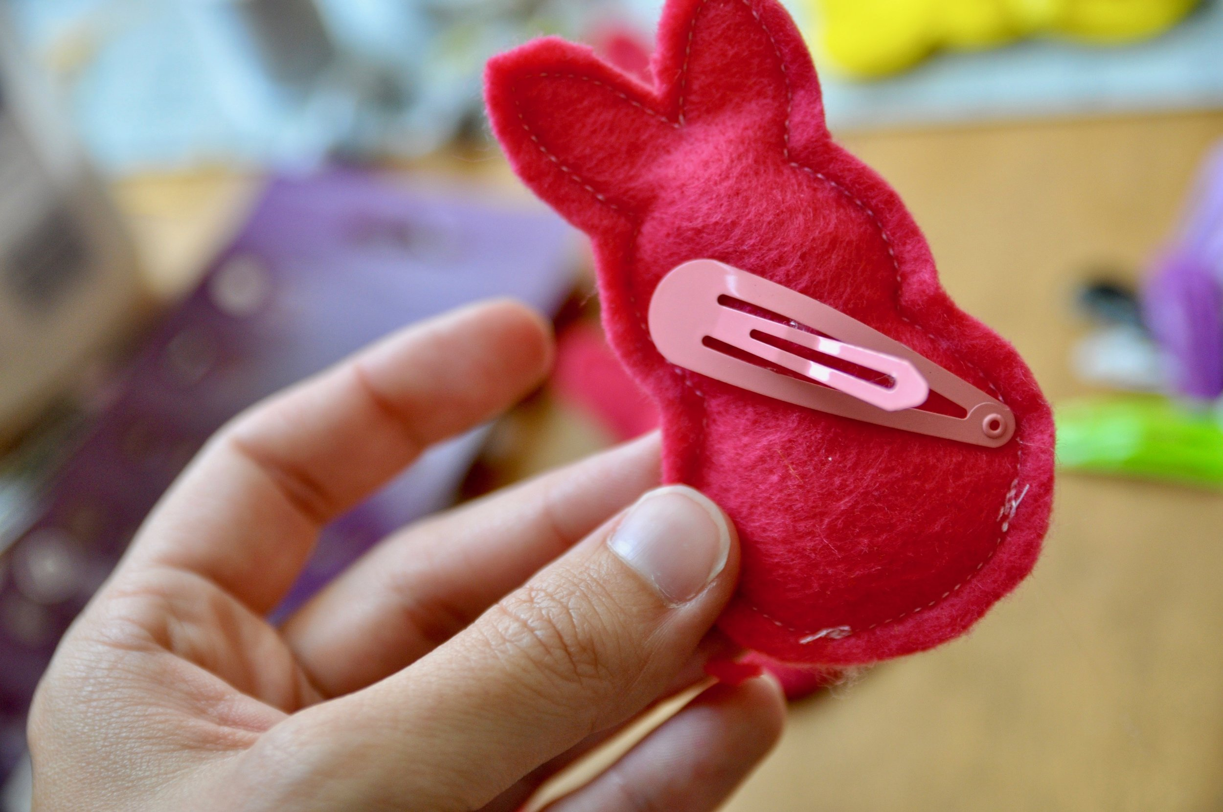 felt Peeps hair clip tutorial