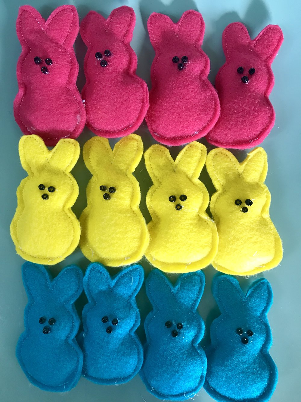How to Make Felt Peeps - Free Template & Instructions