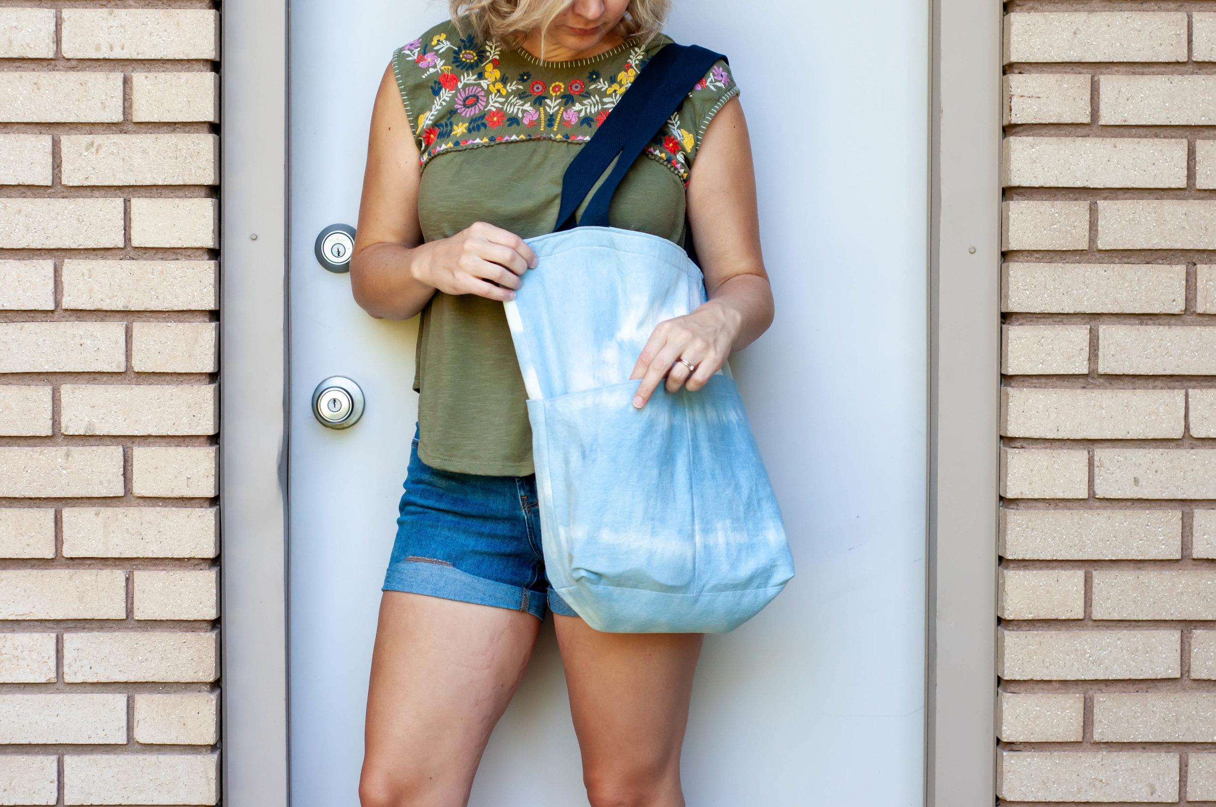 Costa Tote bag pattern from bleach dyed denim.    Pin Cut Sew Studio