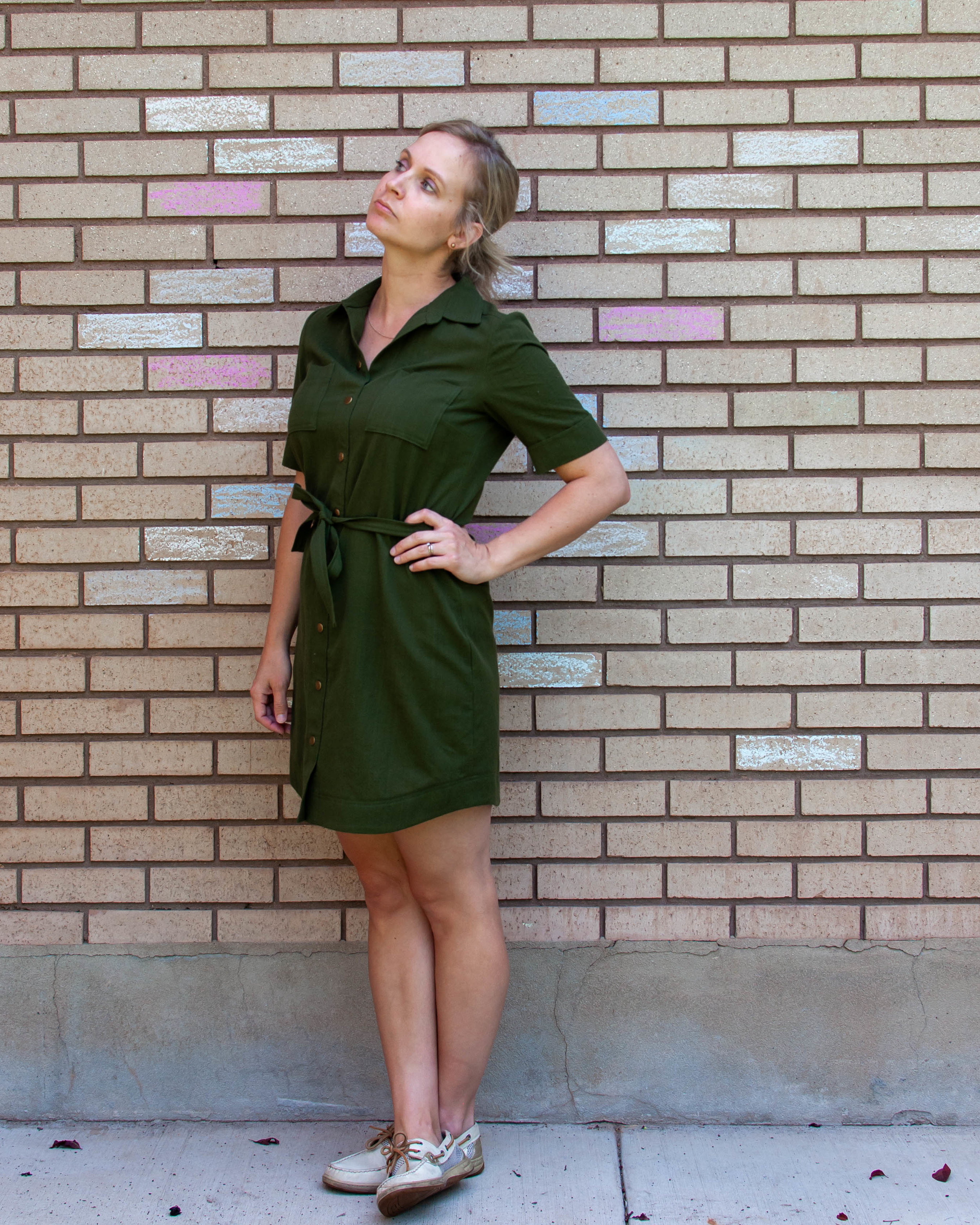 Green shirt dress with Simplicity pattern 8014 || Pin Cut Sew Studio #sewing #shirtdress #diyfashion #simplicitypatterns