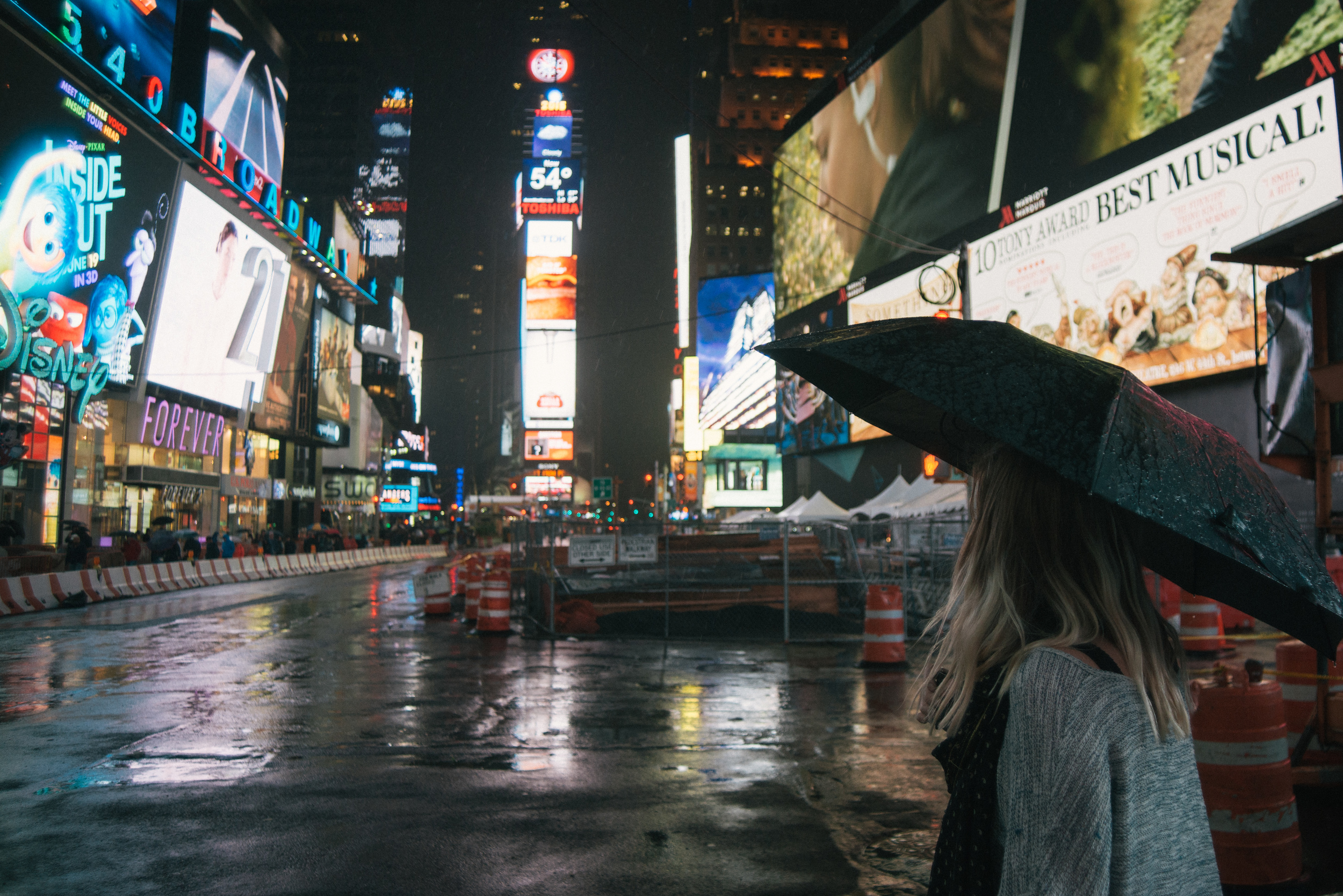 new-york-times-square-night-travel-lights-city