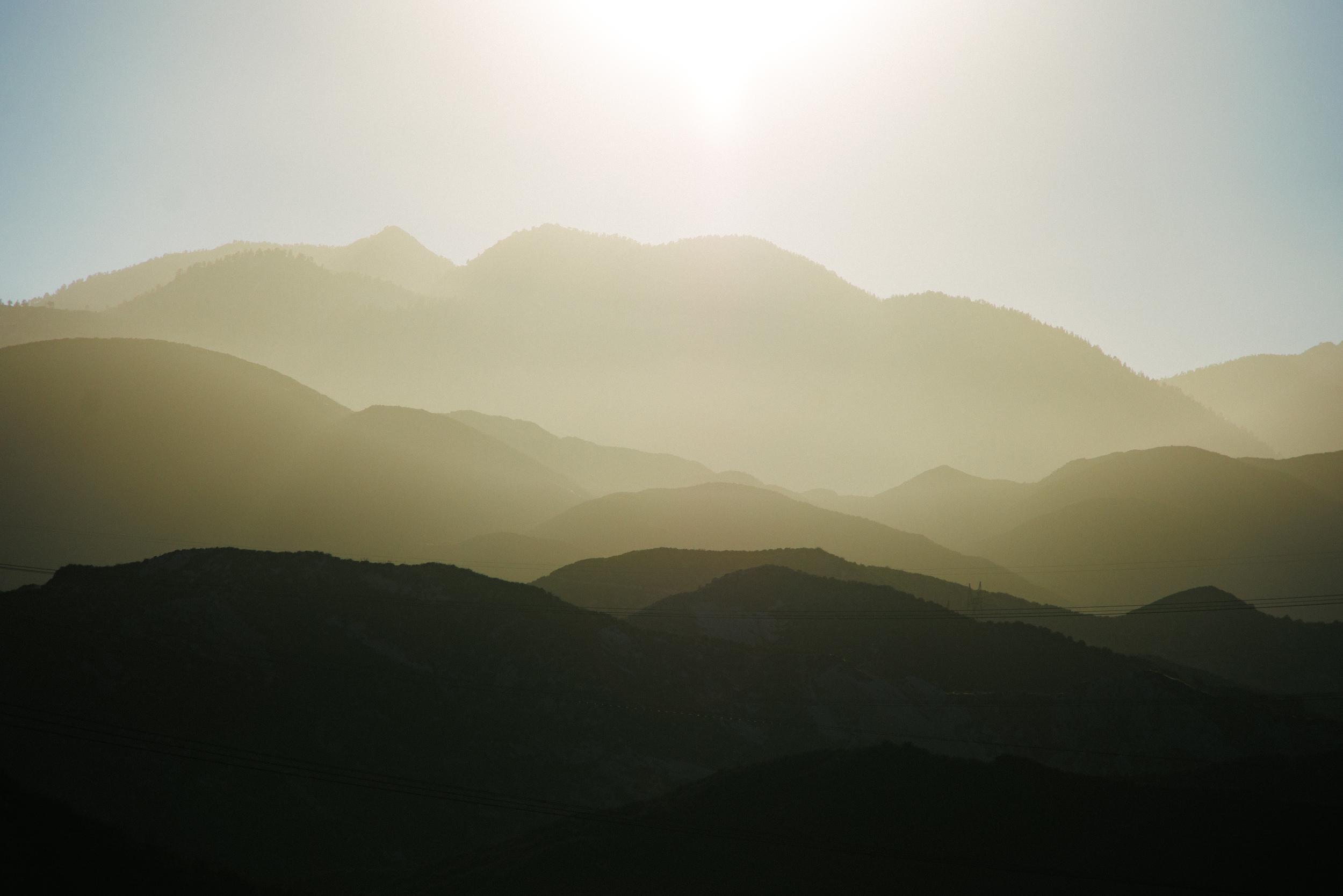 California-mountains-sunset-outdoors-travel