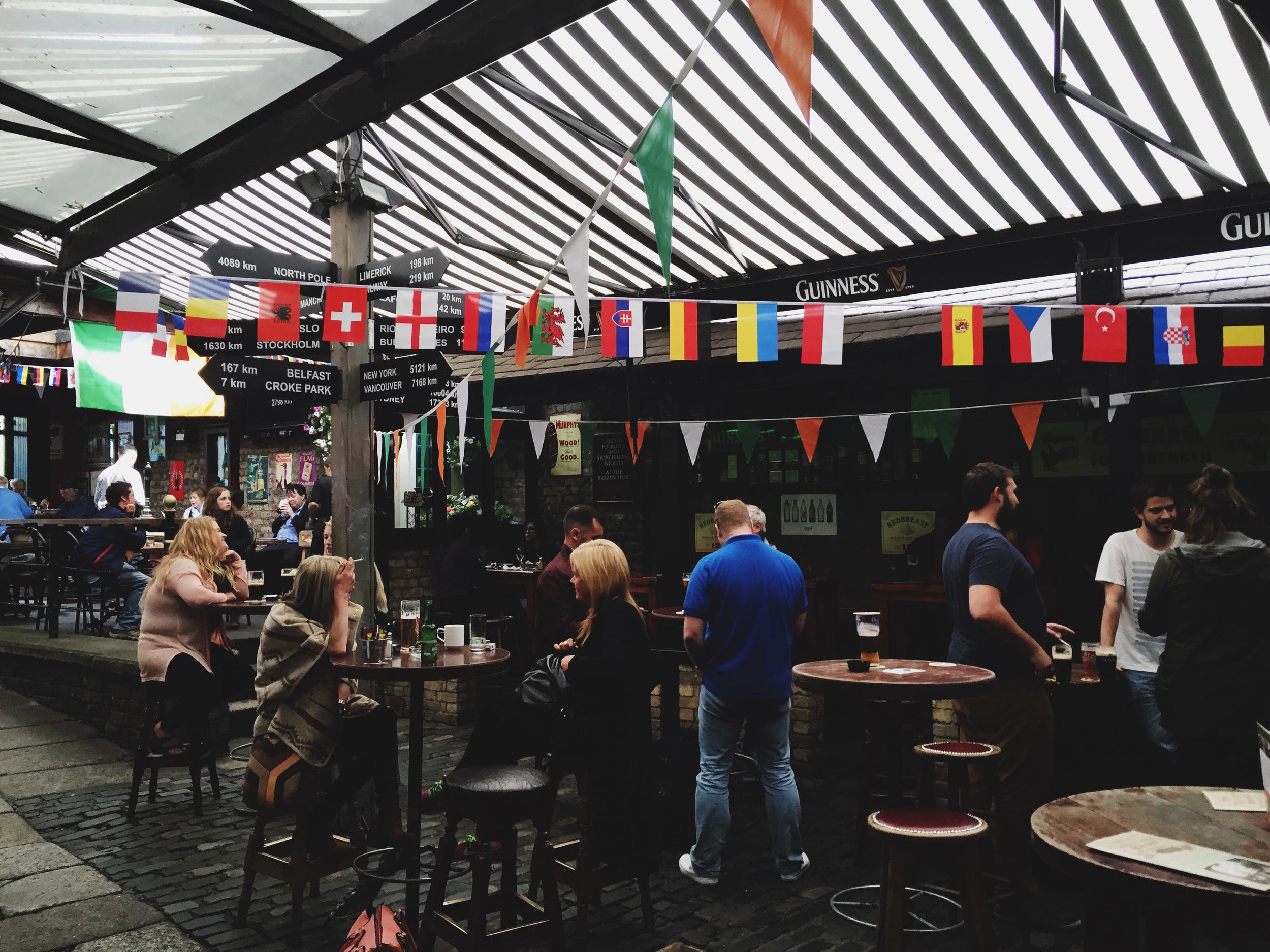 Brazen-Head-pub-Dublin-Ireland