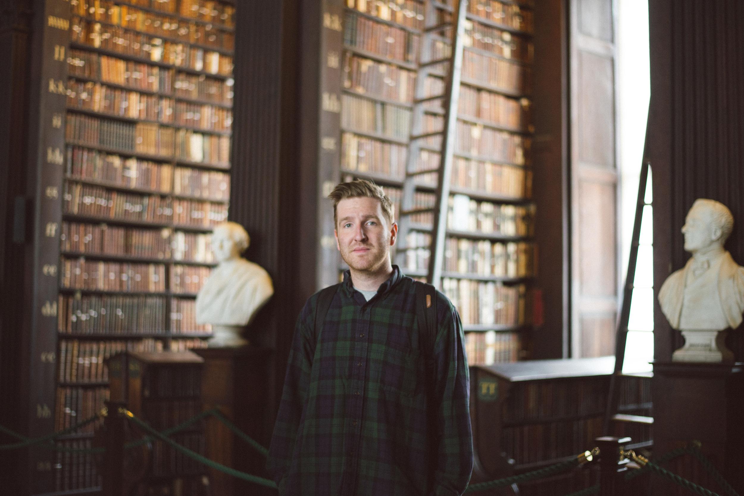 Dublin-Ireland-Trinity-College-books