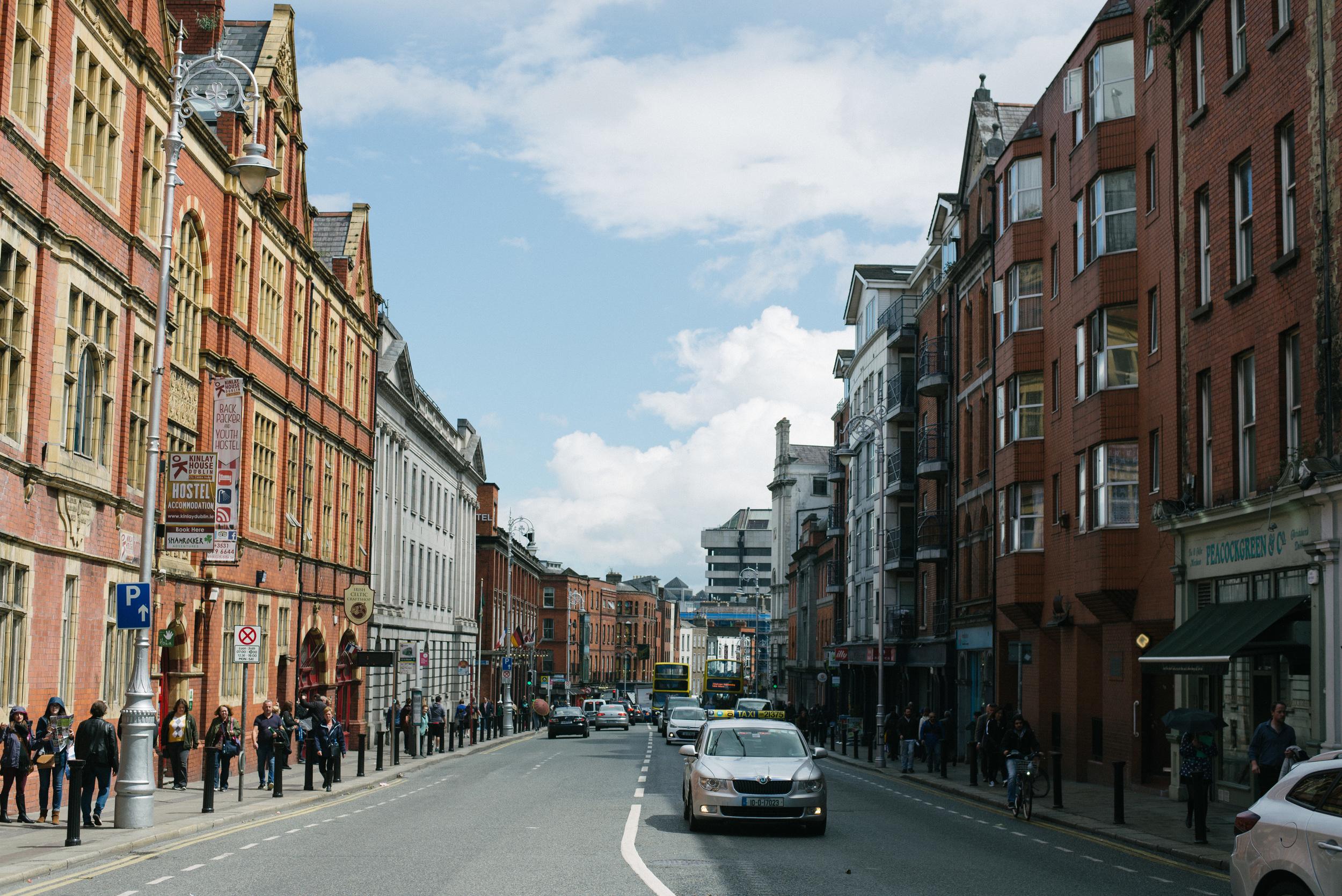 Dublin-Ireland-street-city-photo