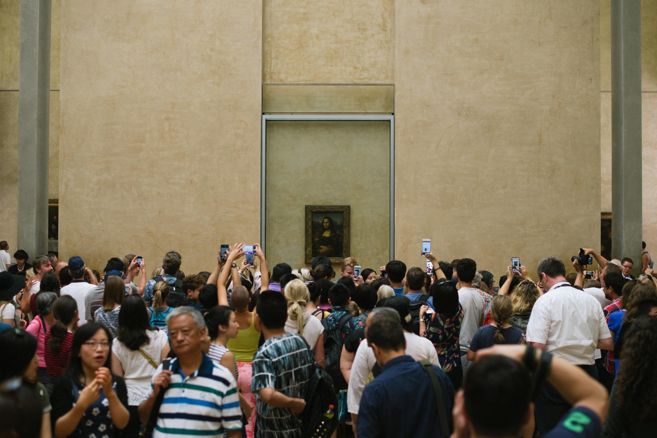 paris-france-museum-travel-monalisa