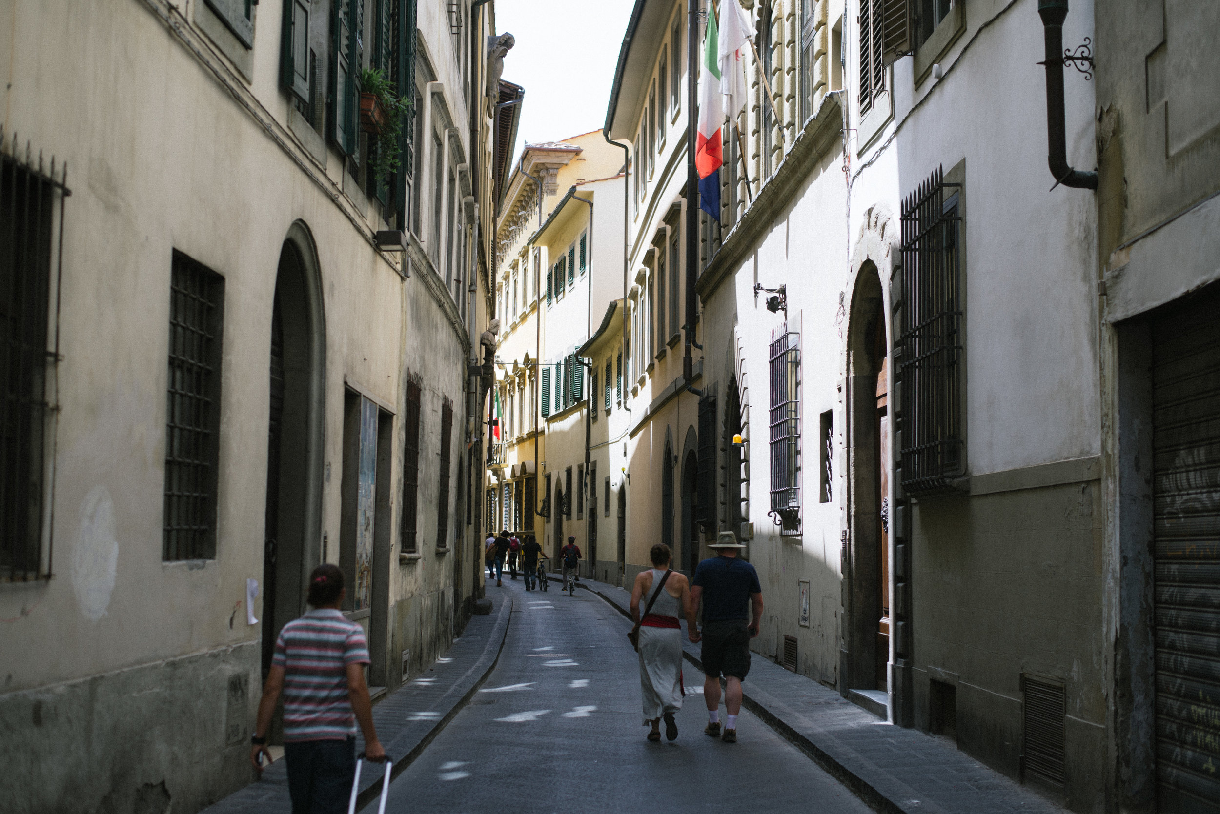 Florence-Italy-travel-Europe-street