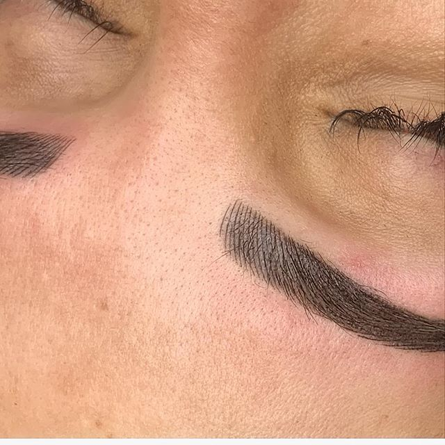 Touch up with NANO strokes. Who is a brow artist wanting to learn this technique!? ❤️