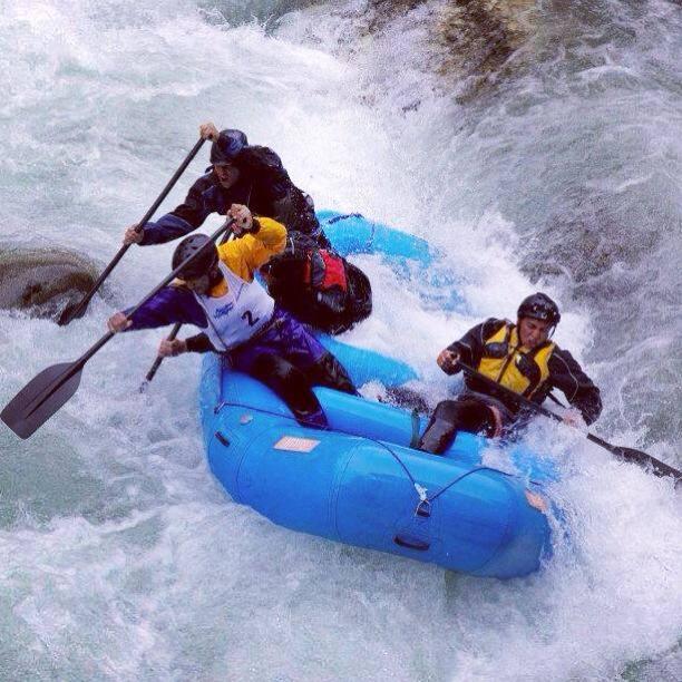 Rafting team cascade.jpg