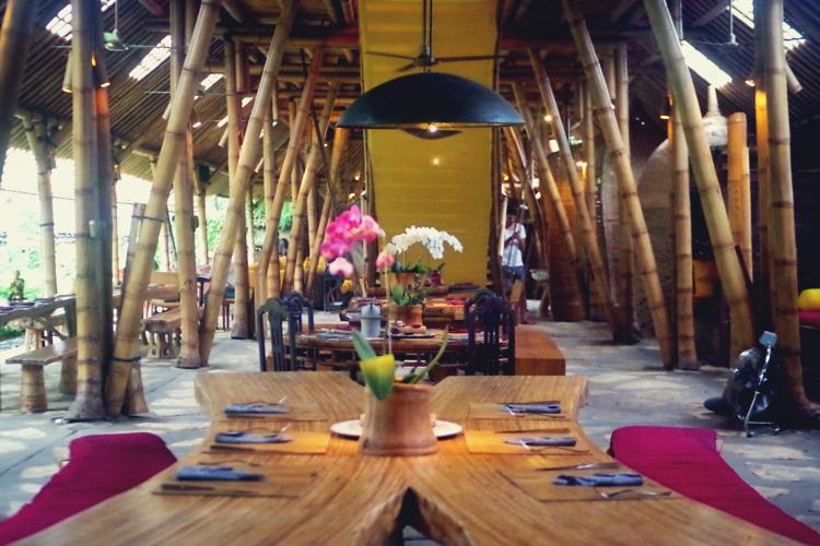 Honeymoon Bali Ubud Bambu Indah Eco Travel 02.jpg