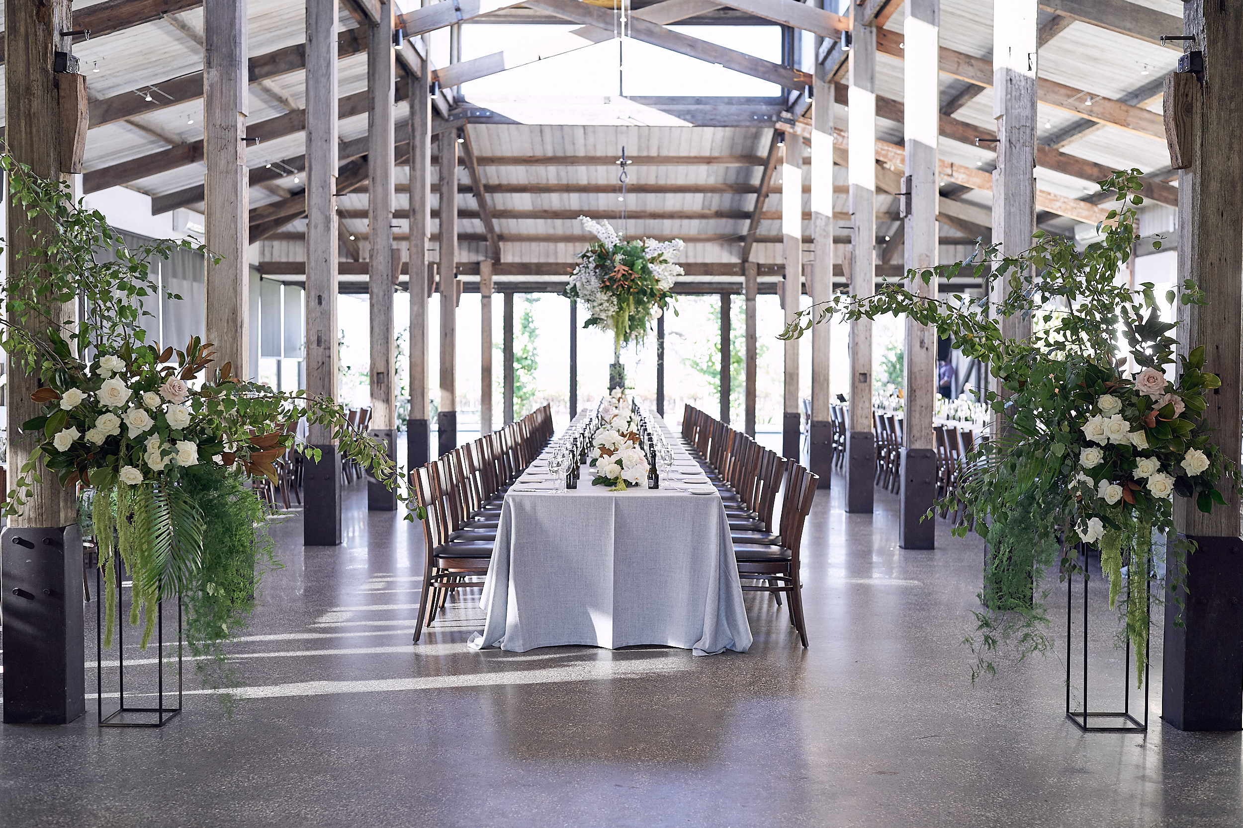 Modern Romantic Wedding Flowers Stones Lost In Love Wootton Nicholls
