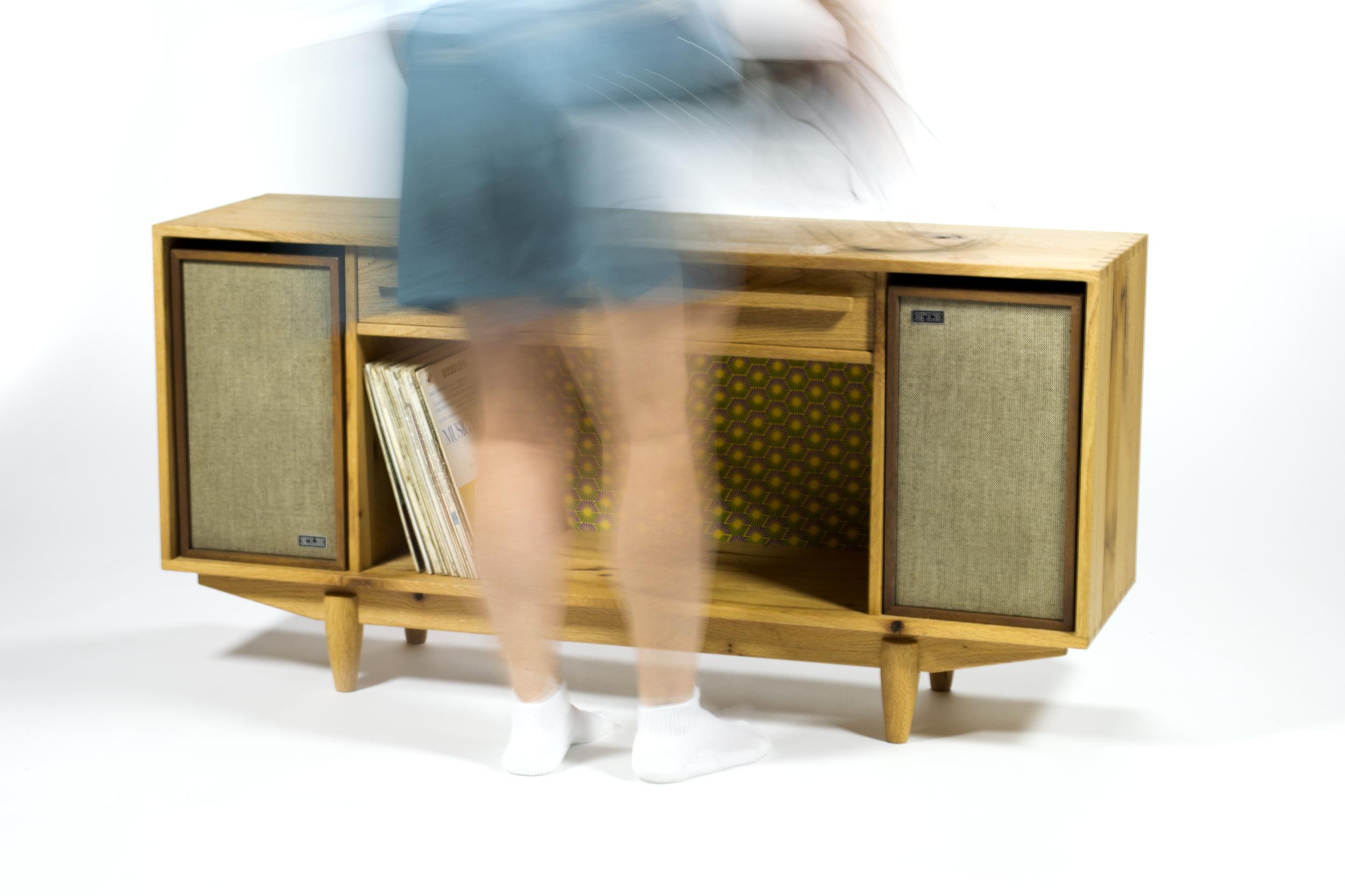 radiocabint+mom.jpg