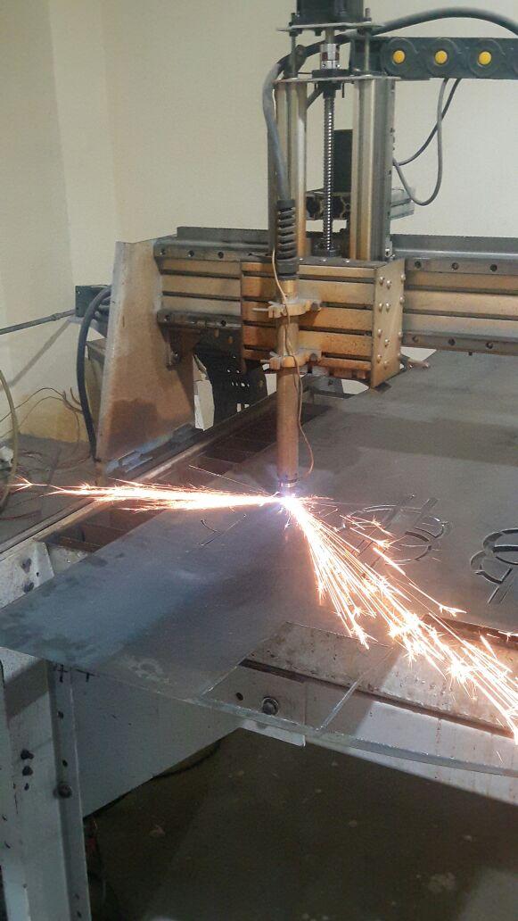 Plasma cutter