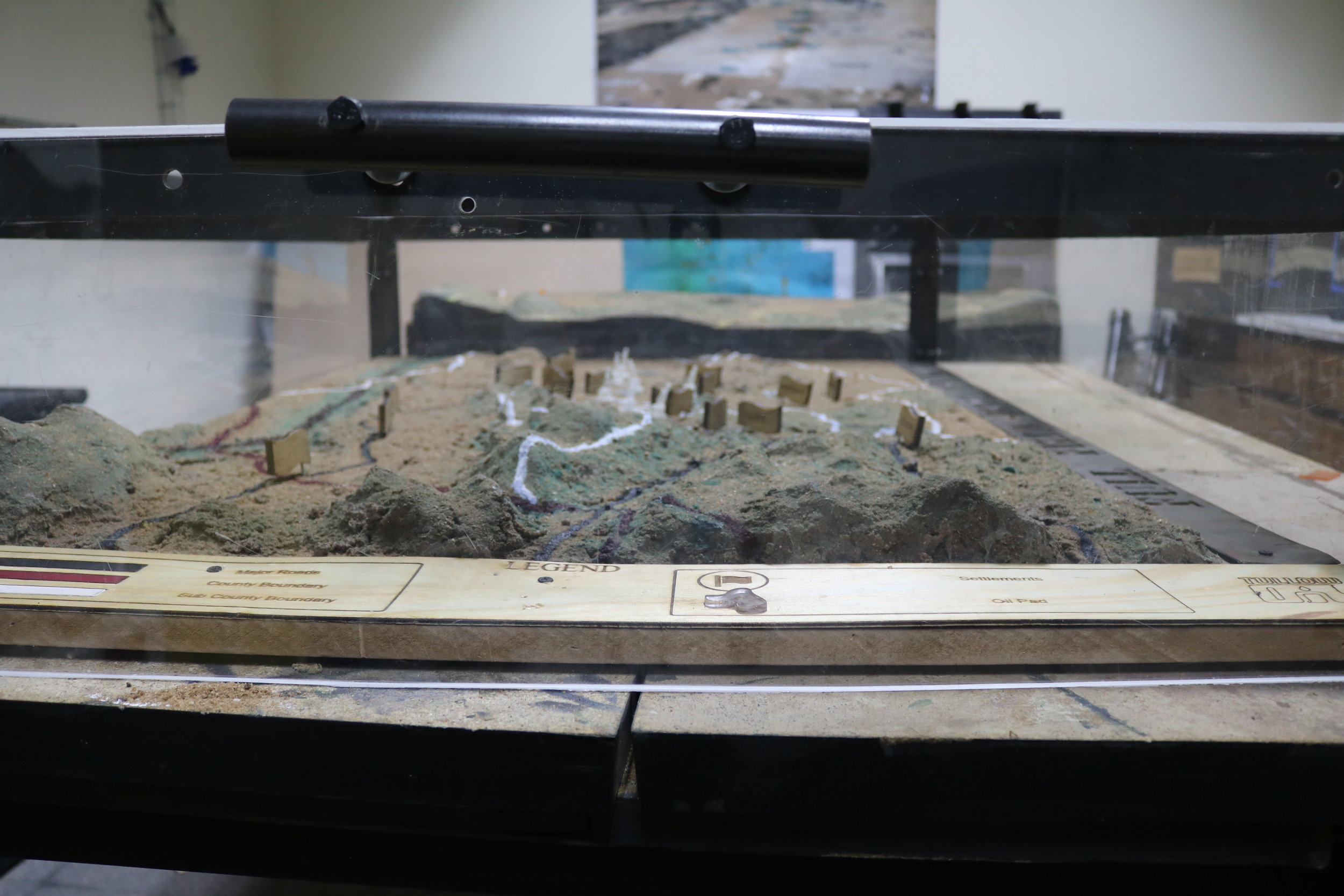 Tullow oil, an independent oil and gas exploration and production company contracted Gearbox make a 3D model of the Turkana landscape with oil reservoirs identifications.