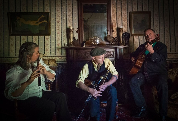 2.40pm - Witches Leap - Featuring uilleann pipes, bouzouki and a blackwood Irish flute, Witches Leap take a stomping trad-folk-noir expedition through local mythology, hanging swamps, and errant redcoats.