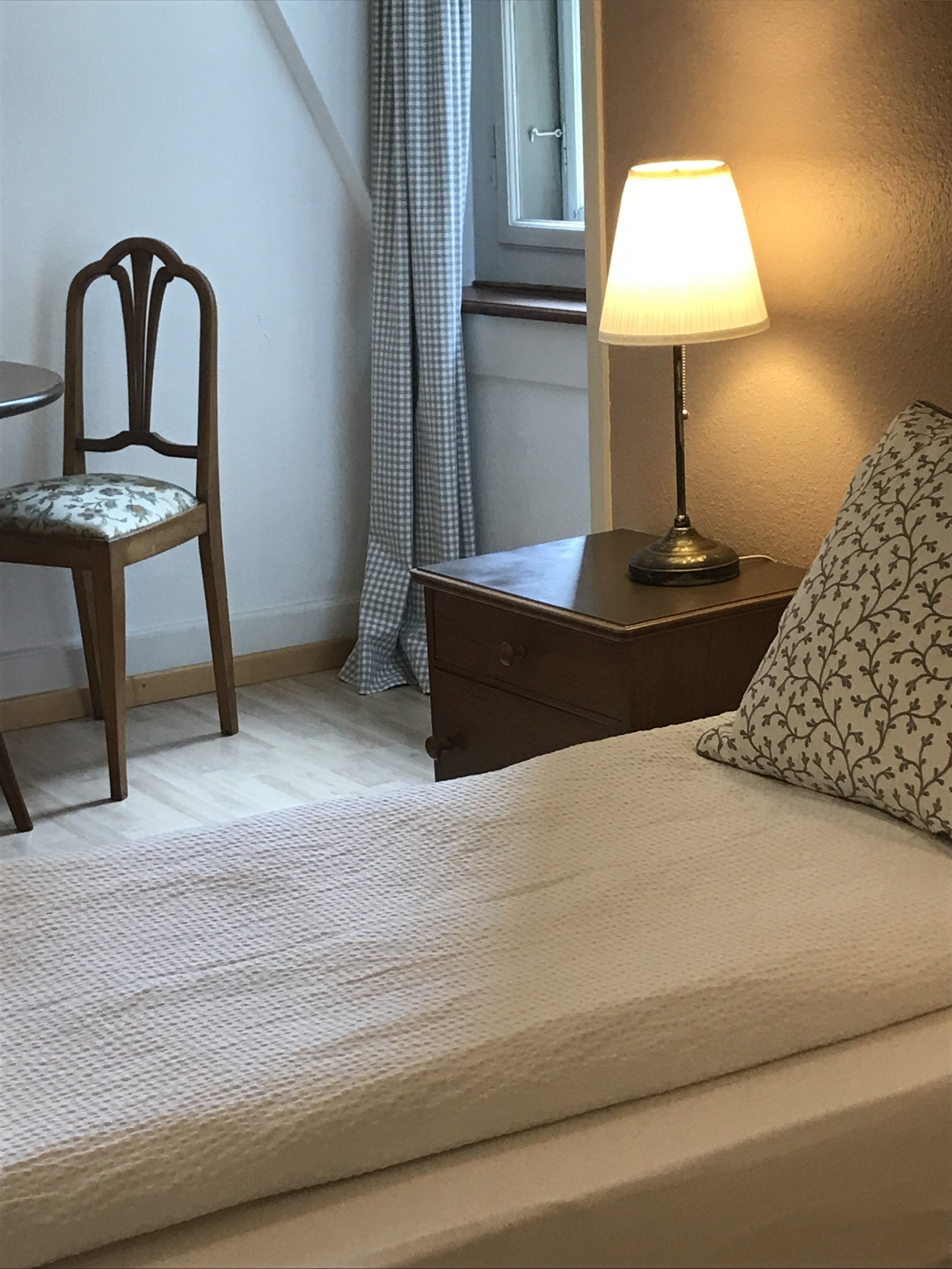 Zimmer 8,4.jpg